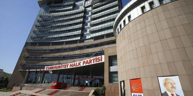 CHP'de istifalar başlıyor