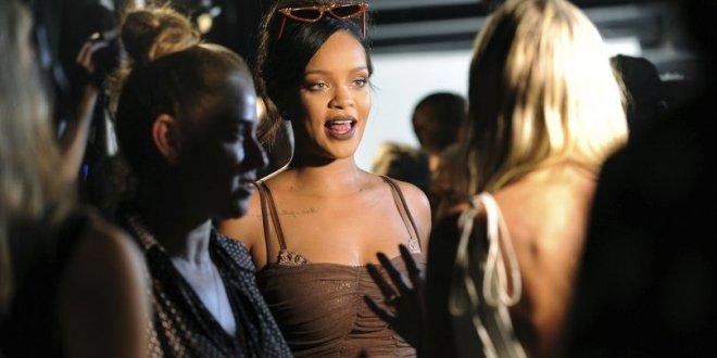 Rihanna siyasete girdi!