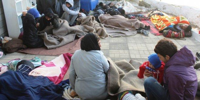 Ayvalık'ta 22 göçmen ve 1 organizatör yakalandı