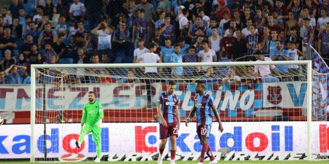 Trabzonspor, geçen sezonu mumla arattı