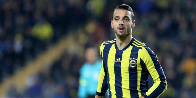 Canlı yayında Fenerbahçe'deki ayrılığı açıkladı