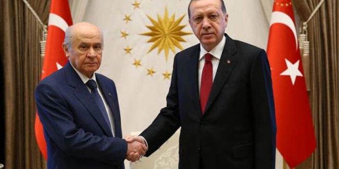 AKP-MHP ittifak için masada
