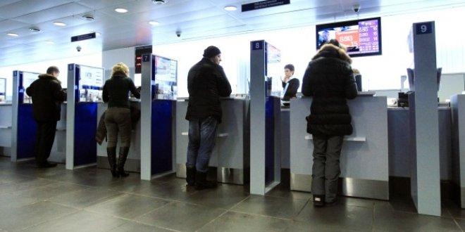 """Vali'den bankalara tepki: """"Vatandaşın boynuna ilk siz biniyorsunuz"""""""
