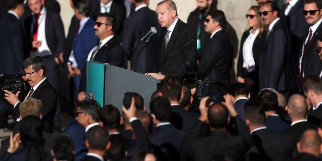 Erdoğan'ın konuştuğu kürsüde dikkat çeken ayrıntı