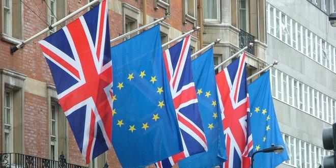 İngiliz ekonomisine Brexit darbesi