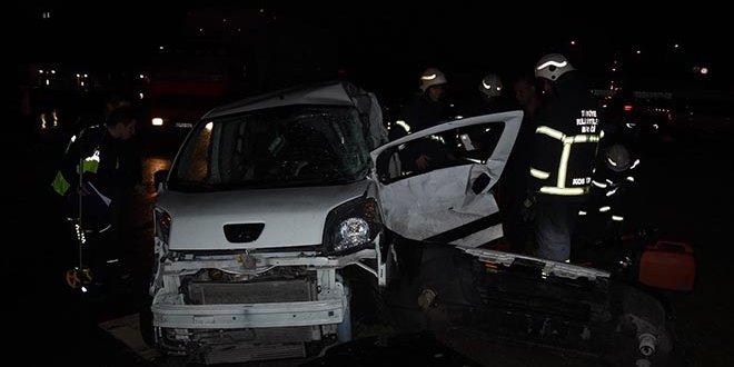 Kütahya'da trafik kazası: 2 ölü
