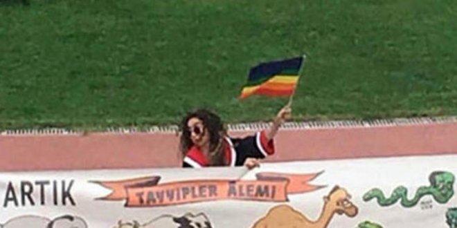 Erdoğan pankart açan öğrencilerle görüştü