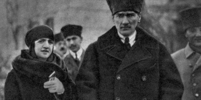 Atatürk'ün Latife Hanım'a taktığı nikah yüzüğü ilk kez ortaya çıktı