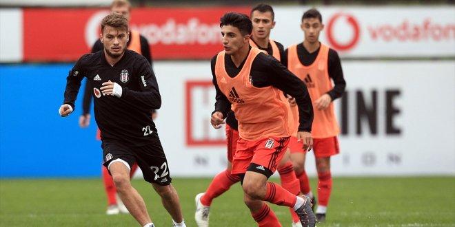 Beşiktaş'a Ljajic'ten kötü haber