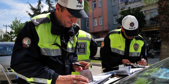 Trafik cezalarının artırılmasını öngören teklif Meclis'ten geçti