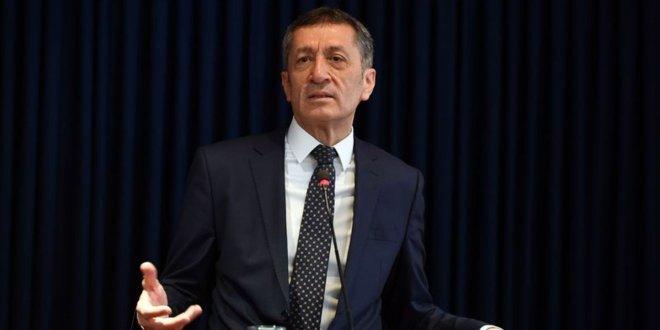 Milli Eğitim Bakanı Ziya Selçuk yeniliği açıkladı