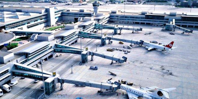 Havalimanında terör operasyonu