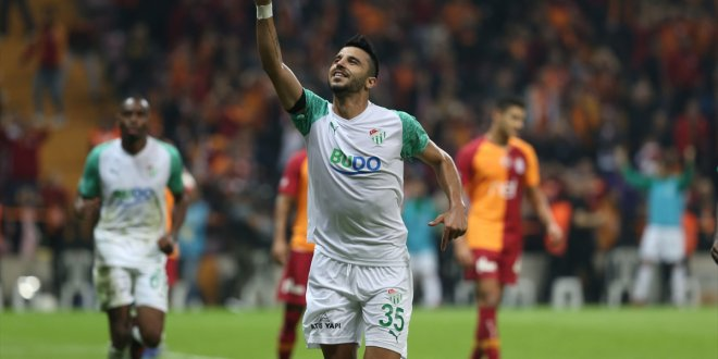 Galatasaray 16 maç sonra evinde takıldı