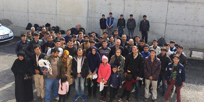 Van'da 249 kaçak göçmen yakalandı