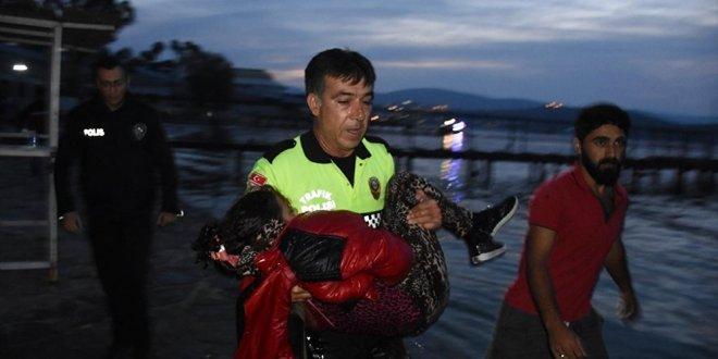 Mülteci teknesi battı: 2 çocuk kurtarılamadı