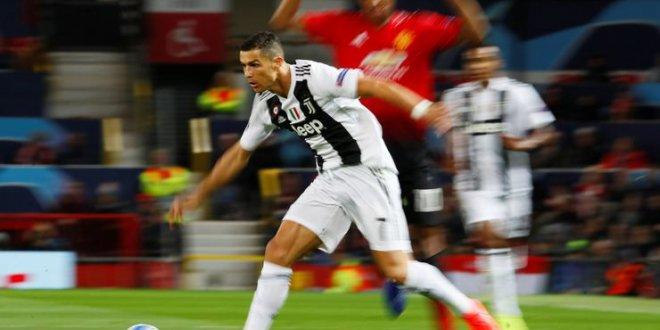 Juventus, Manchester United'ı tek golle geçti