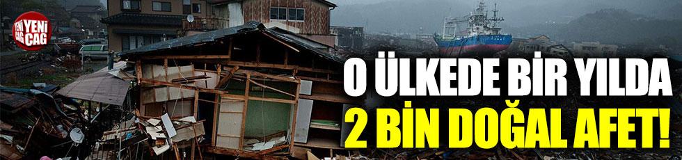 Endonezya'da doğal afetler binlerce can aldı