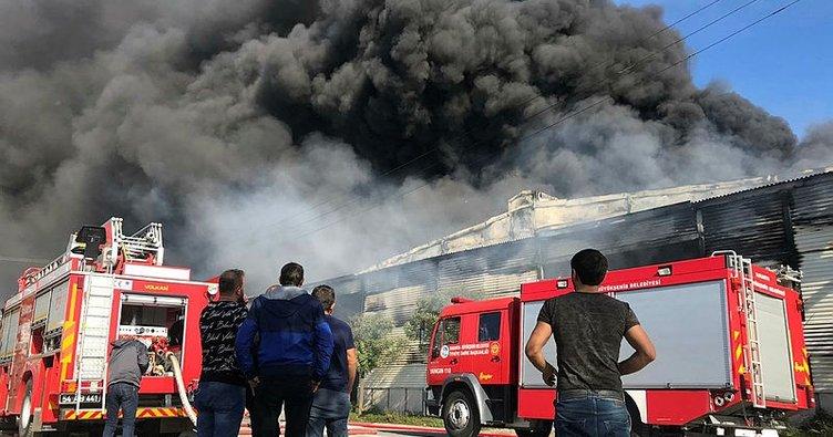 Son dakika: Sakarya'da fabrika yangını! Ekipler olay yerinde