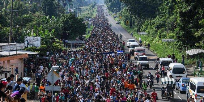 Trump, Meksika sınırına asker gönderecek