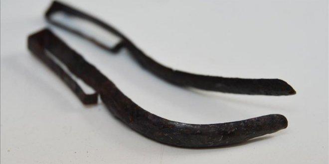 2 bin yıllık bronz 'strigilis'ler bulundu