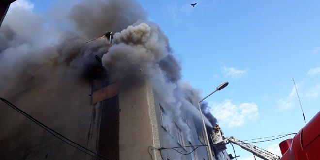 Sultangazi'de imalathane yangını