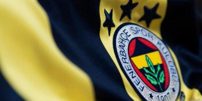 Fenerbahçe'de yıldız oyuncu kadro dışı kaldı!