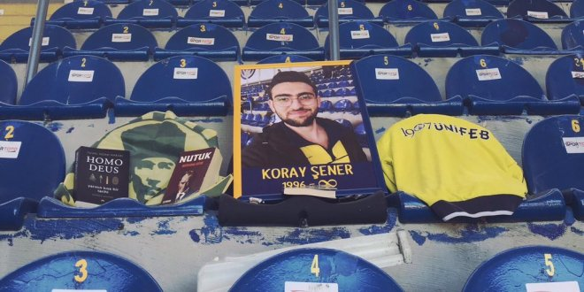 Fenerbahçe taraftarından Koray Şener için anma töreni