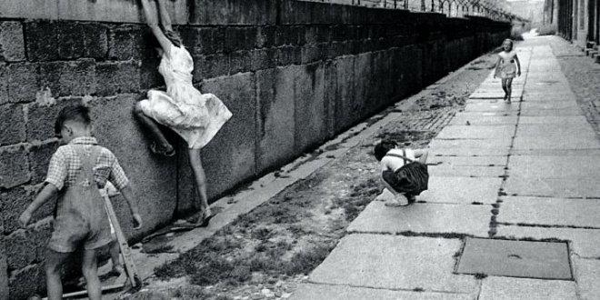 Berlin Duvarı neden yıkıldı? Berlin Duvarı tarihçesi