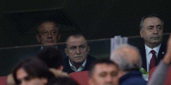 Fatih Terim, Kayseri'de maçı tribünden izledi
