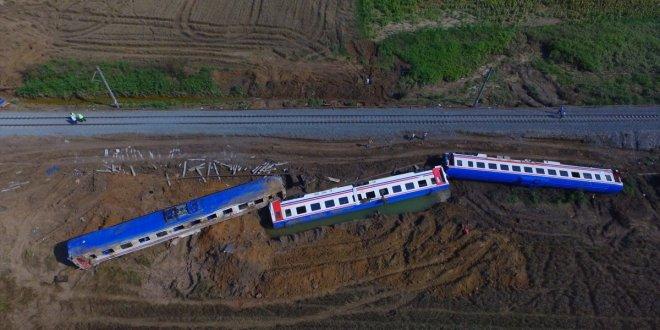 TCDD Genel Müdürü tren kazasında oğlunu kaybeden anneyi engelledi