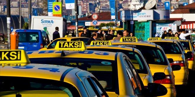 Taksicilere, 'halkı kin ve düşmanlığa tahrik etmekten' dava
