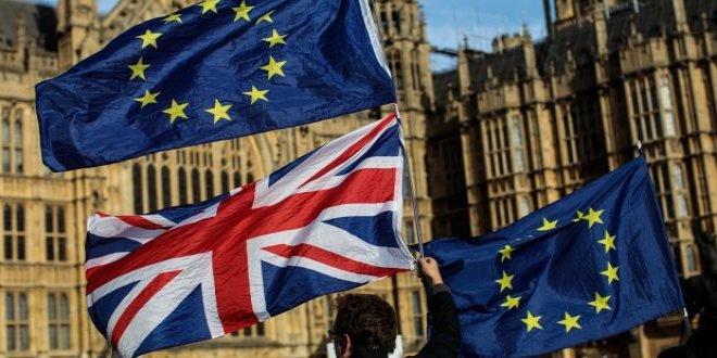 İngiltere'de Brexit anlaşmasına tepki