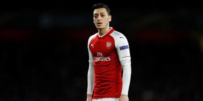 Mesut Özil, rekor teklifi reddetti!