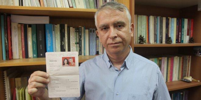 Türk profesörün eşi nasıl rehin alındı?
