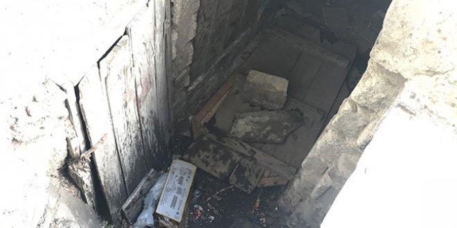 Kanalizasyon çukuruna düşen çocuk ağır yaralandı