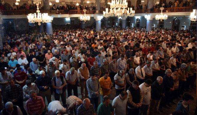 Mevlit Kandili, İstanbul'da dualarla idrak edilecek