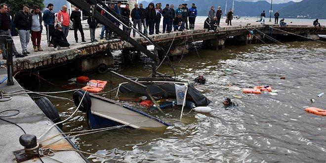 Marmaris'te sağanak yağış 7 tekneyi batırdı