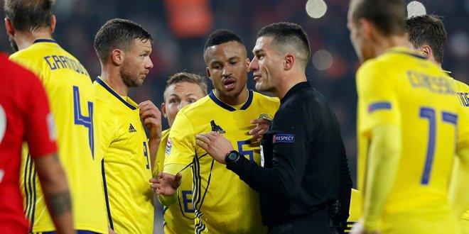 İsveçli golcüden 'penaltı' iddiası