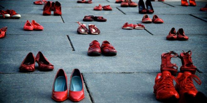 Türkiye'de 10 ayda 329 kadın öldürüldü