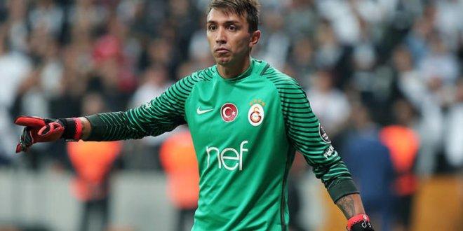 Muslera Galatasaray'la 300. maçına çıkacak