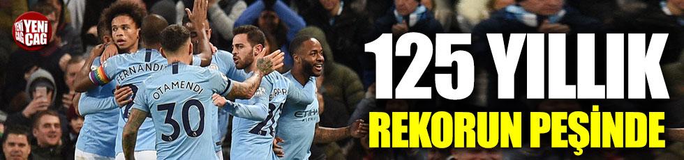 Manchester City, 125 yıllık rekorun peşinde