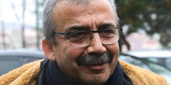 Sırrı Süreyya Önder, cezaevine konuldu