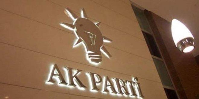 AKP'de şok istifa!