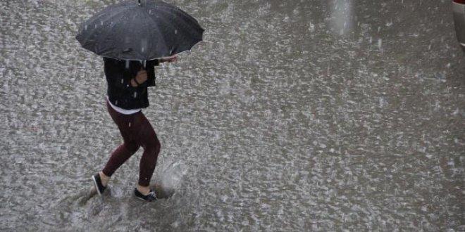 Düzce'de yoğun yağış sonrası 7 kişi kayıp