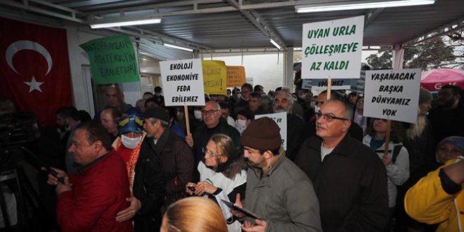 İzmir'de taş ocağına karşı eylem