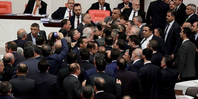 İYİ Partili Yasin Öztürk, Meclis'teki tartışmayı anlattı!