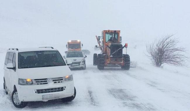 Sivas'ta 130 köy yolu ulaşıma kapandı