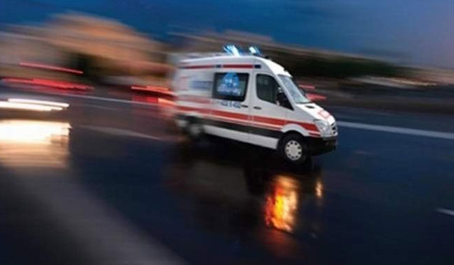 Ağrı'da öğretmenleri taşıyan servis kaza yaptı: 23 yaralı