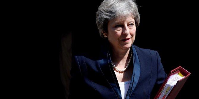Theresa May istifa kararı aldı