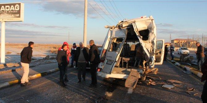 Aksaray'da feci kaza: 17 yaralı
